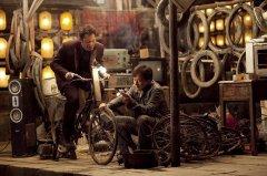 成龙最新电影《绝地逃亡》中的9段经典台词